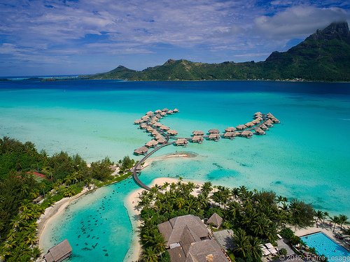 Luxury Vacation Packages to Tahiti