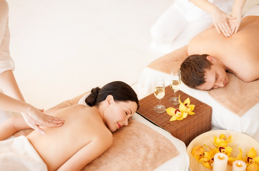 Couple in spa exciting vacations for Spa vacations for couples